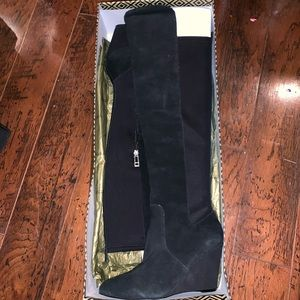 Over the knee suede/synthetic boots
